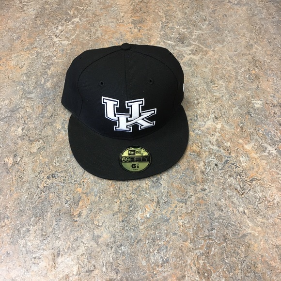 216065fa524 Kentucky Wildcats New Era 59Fifty Fitted Hat